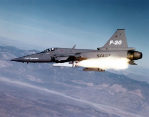 Jet-fighter-firing_a_missile-495x392