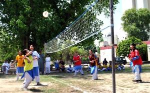 jawan-markz-girlz-volly-ball-Tournament4June2014-300x187