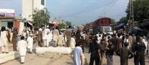 Mardan-protest-picby-Shahid-Khan-11-495x219
