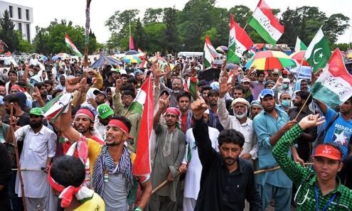 PAKISTAN-UNREST-POLITICS
