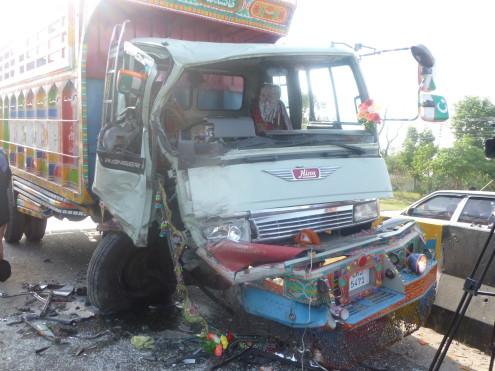 Accident-Kurram-495x371