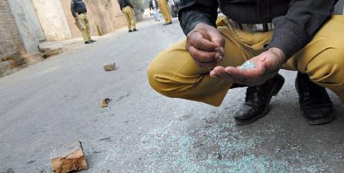 police-firing-Bannu-495x250