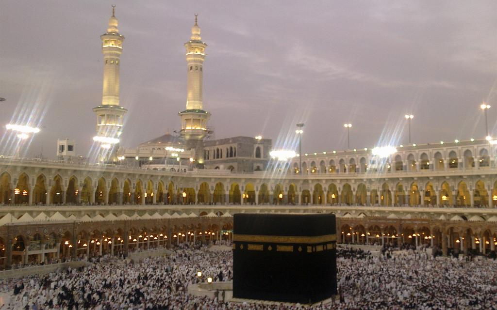 Khanna-Kabba-Wallpaper-Makka-Saudi-Arabia-Khanna-Kabba-Picture-wwwapnimarzicom27-1024x640